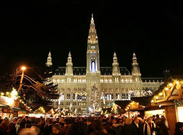 Cum sa-l astepti pe Mos Craciun in Viena cea dulce ca Sacherul