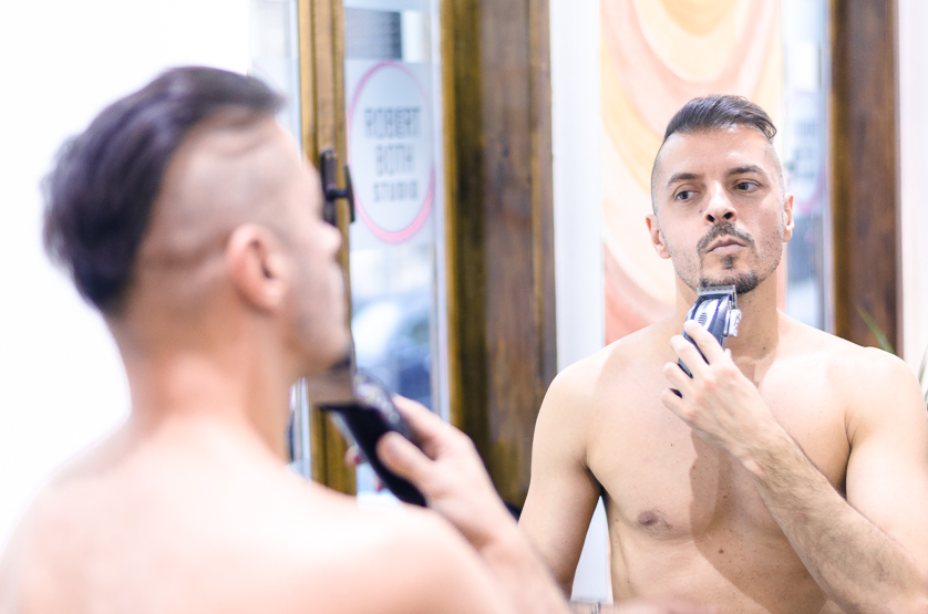 Ovidiu Muresanu Grooming