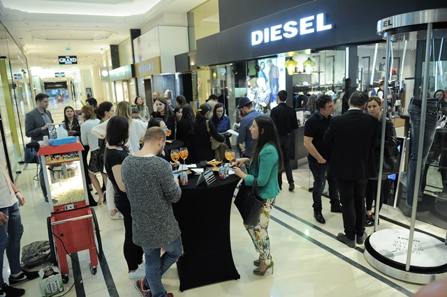 Diesel Denim Master Studio Romania (100)