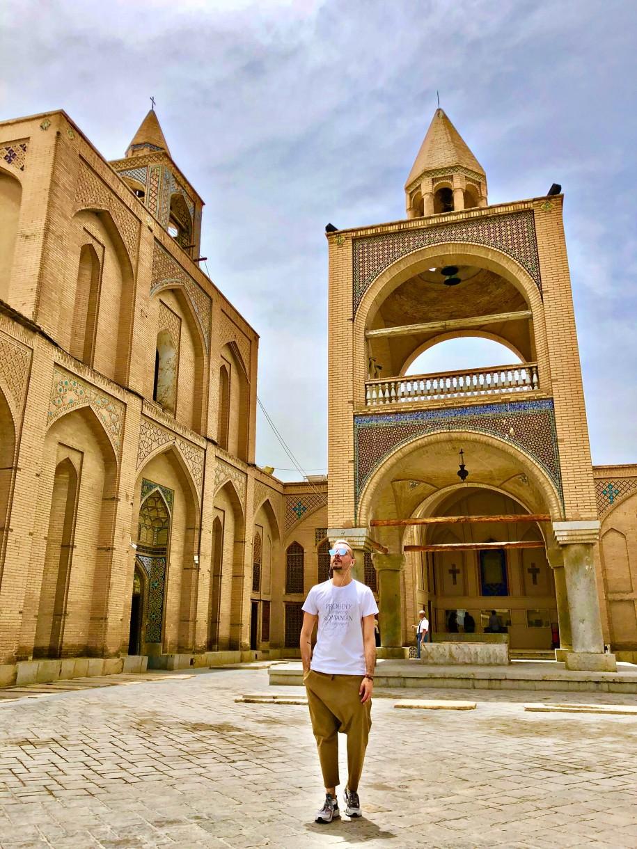 Ovidiu Muresanu Esfahan