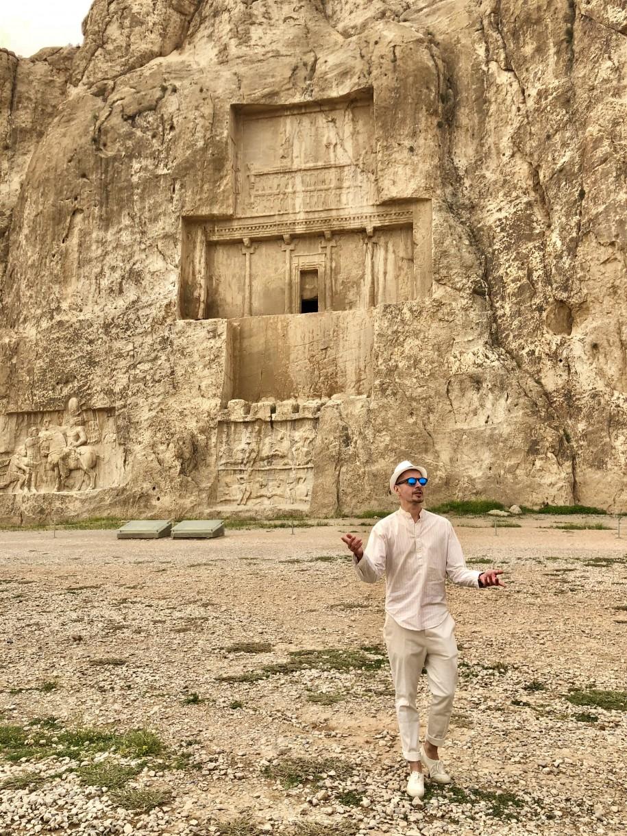 Ovidiu Muresanu Persepolis 12