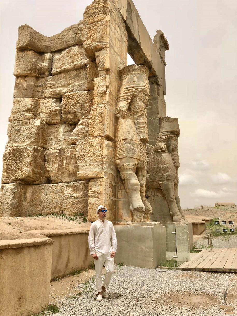 Ovidiu Muresanu Persepolis 4