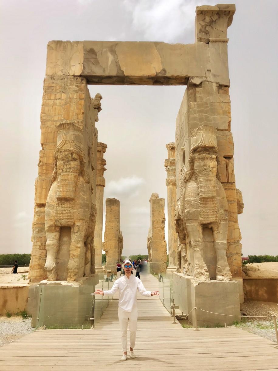 Ovidiu Muresanu Persepolis 9