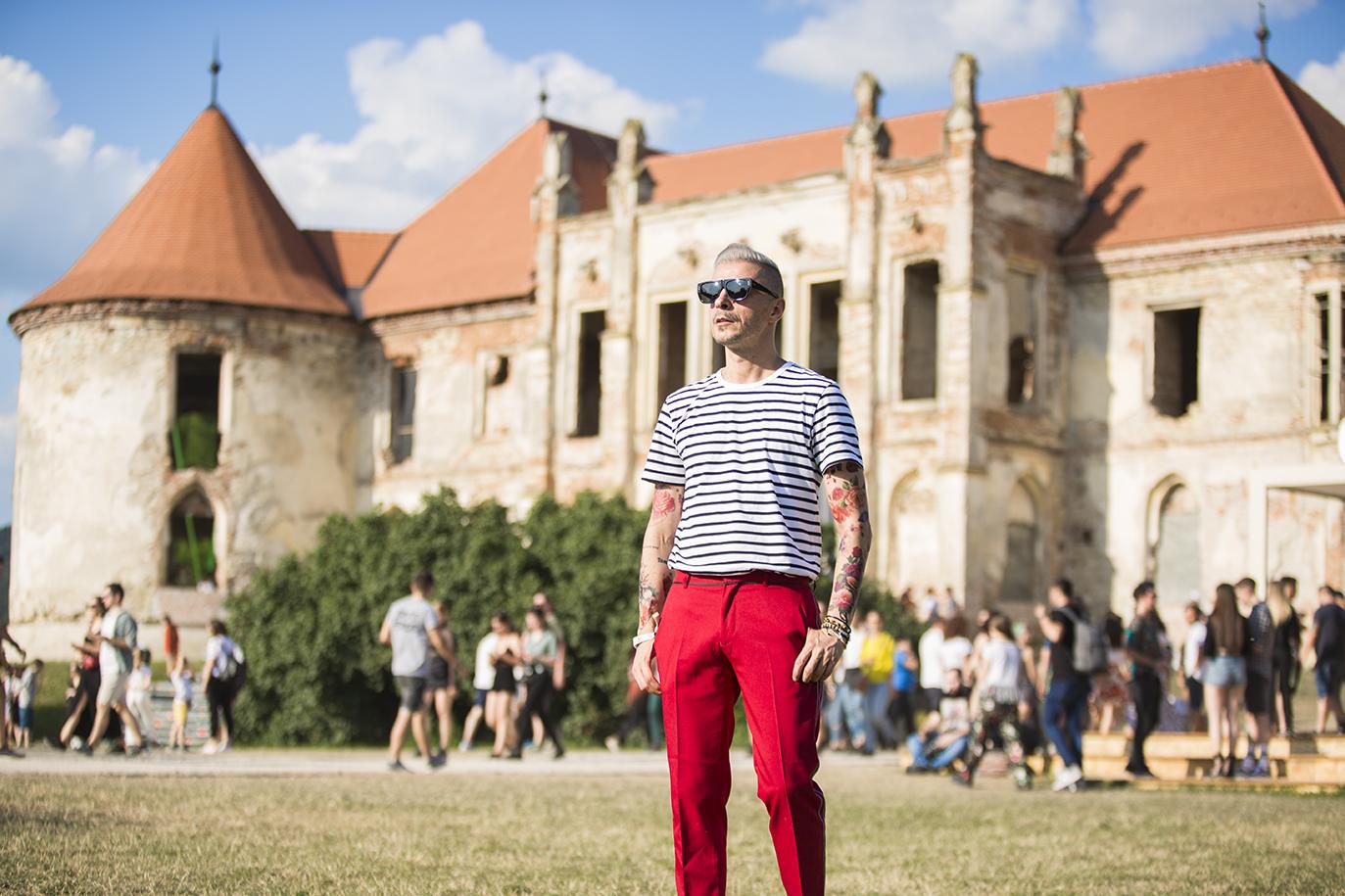 Ovidiu Muresanu Electric Castle