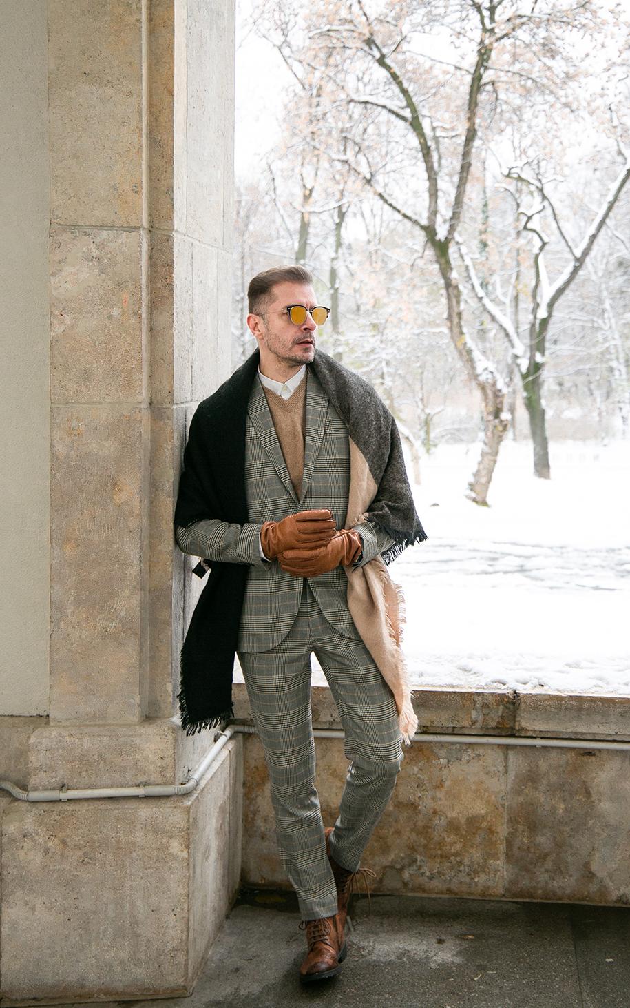 Ovidiu Muresanu Decembrie